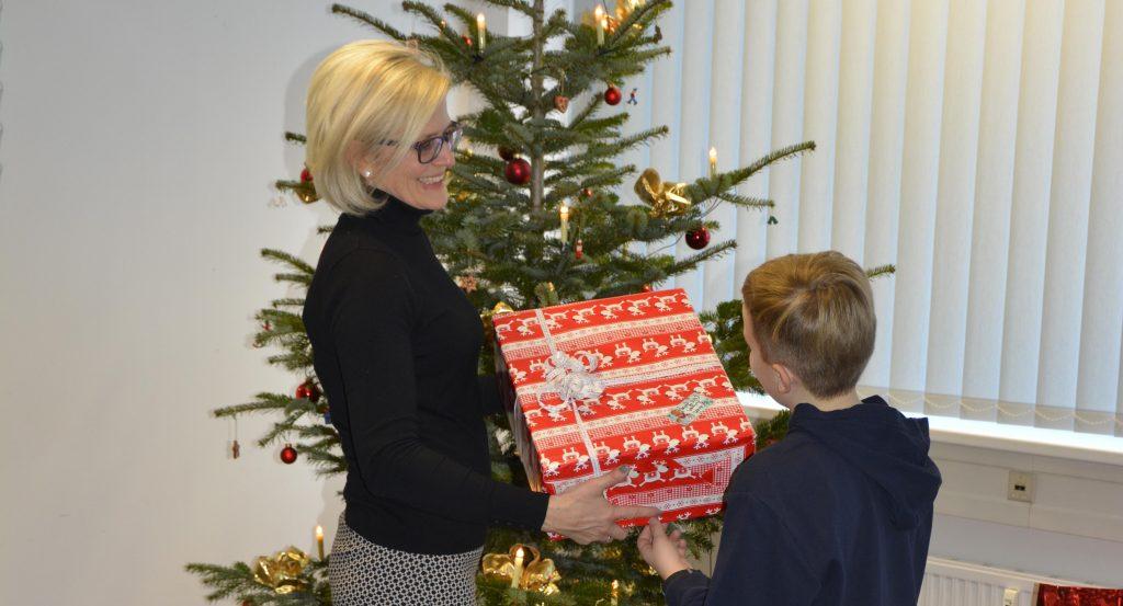 Weihnachtsgeschenke für die kleinen Besucher   Haus der Jugend Chemnitz